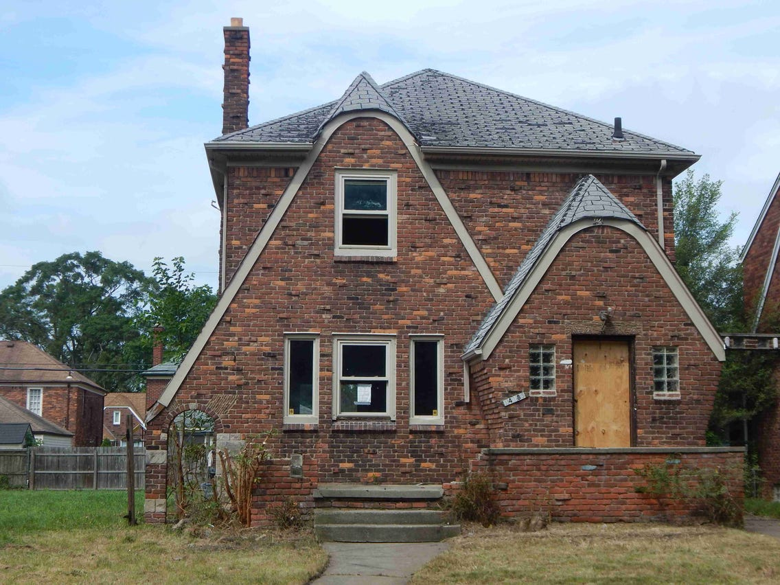 Abandoned Properties For Free, abandoned homes for free in nc, abandoned houses for free nc, abandoned farms for free, abandoned government buildings for free, old abandoned mansions for free,